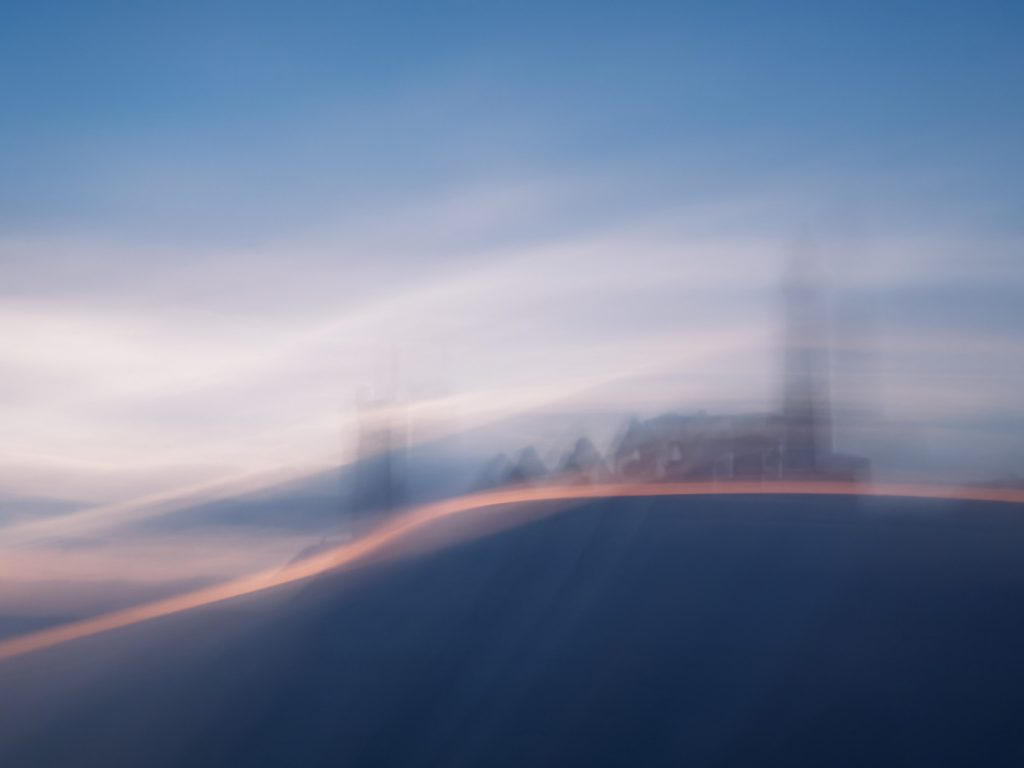 Bretagne, Brittany, ICM, Intentional camera movement, sunset, chapel, church, cross, chapelle, croix, seascape, paysage marin, mer, ocean océan, sea,