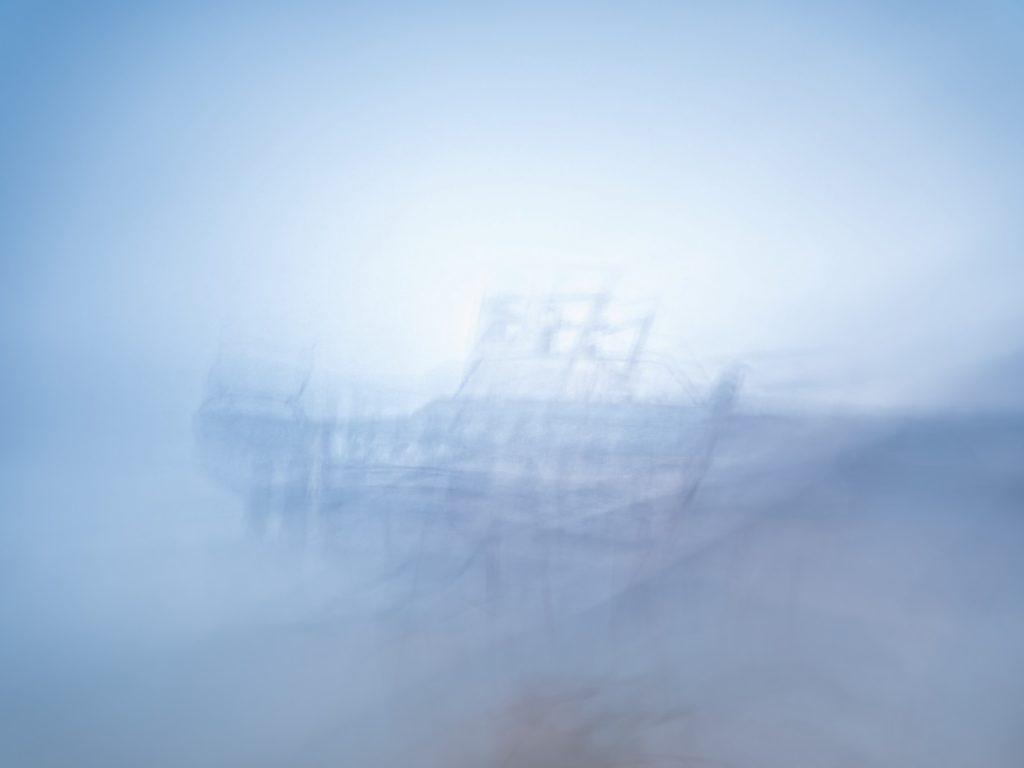 Bretagne, Brittany, ICM, Intentional camera movement, seascape, paysage marin, mer, ocean océan, sea, bateau, boat, cimetière, cemetery,