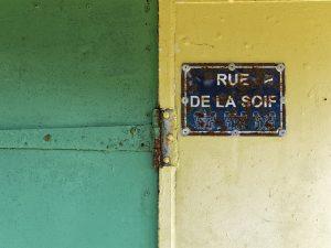 Vert, jaune, rue de la soif, vieille plaque de rue, Brest, Maison Blanche